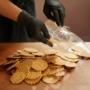 Kép 2/3 - MeseTallér - kézműves sajtos tallér